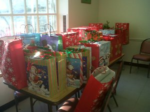 Center in the Park - Giving Tree